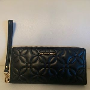 Michael Kors Quilted Travel Continental  Wallet